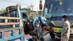 ব্রাহ্মণবাড়িয়ায় পুলিশবাহী পিকআপে বাসের চাপা, ২১ পুলিশ সদস্য আহত
