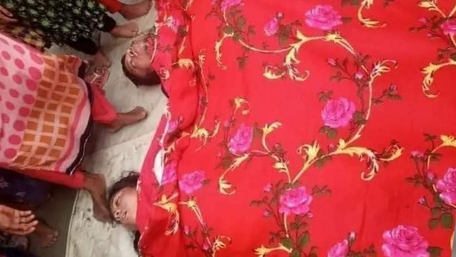 নবীনগরে নৌকা ডুবে স্বামী ও স্ত্রীর মৃত্যু, শিশু সন্তান এখনো নিখোঁজ