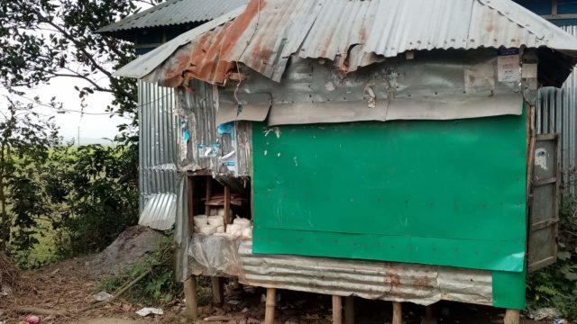 নাসিরনগরে বাকীতে মাল না দেওয়ায় দোকান ও বাড়ী ঘর ভাংচুর লুটপাট