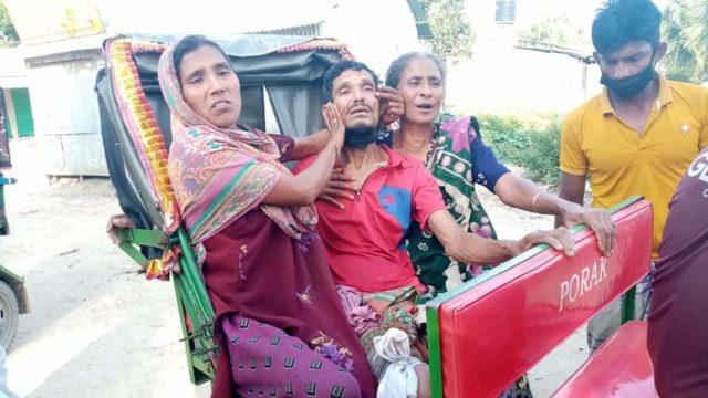 নাসিরনগরে সাপ ধরতে গিয়ে সাপের ছোবলে সাপুড়ে আহত